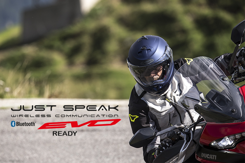 Motorbike communication has never been easier with the Caberg Just Speak Evo