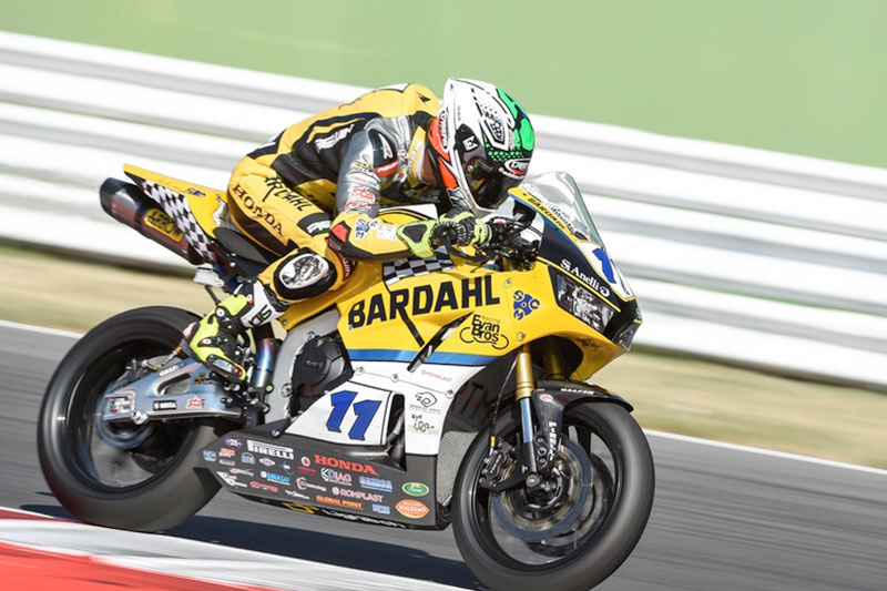 A crash forces Gamarino to retire from the WSS race at Misano Adriatico