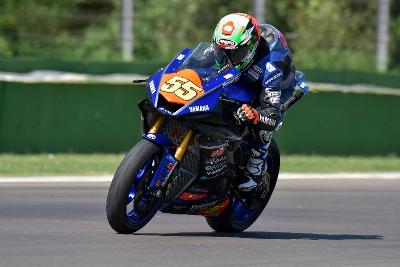 Great success for the #Cabergrider Matteo Ferrari at Imola, now he leads the CIV SBK!