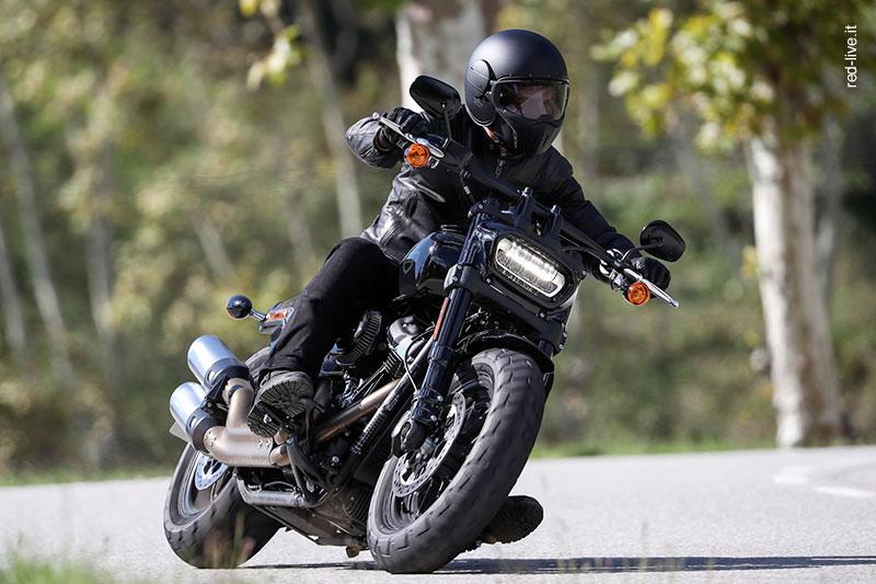 red-live.it testa la gamma 2018 Harley-Davidson con il Caberg Ghost