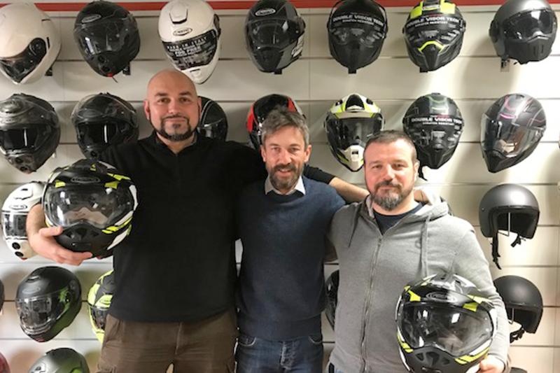 La passione per l'avventura in moto: Caberg Tourmax accompagna Marco e Alessandro in Marocco!