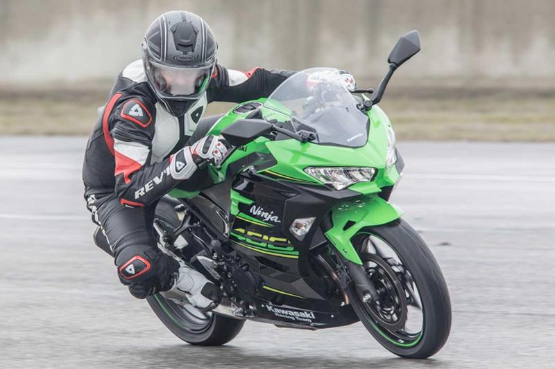 Caberg Drift Armour utilizzato da motorbox.com per il test della nuova Kawasaki Ninja 400