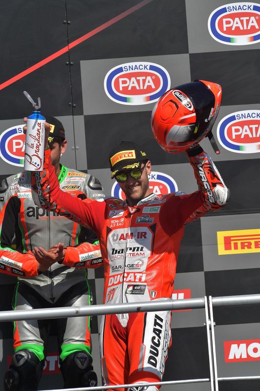 STK1000, Matteo Ferrari trionfa a Imola