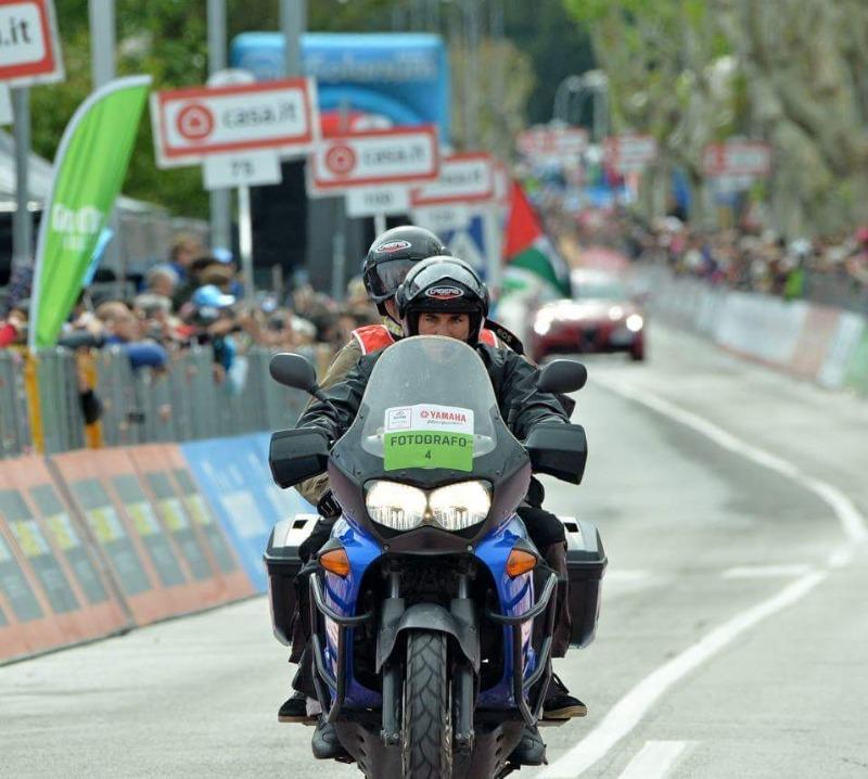 Caberg Ghost al Giro d'Italia con i fotografi Antonio e Claudio