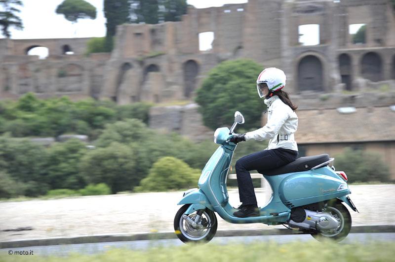 Caschi da donna: tante gioie e pochi dolori per tutte le motocicliste